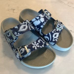 Birki's by Birkenstock Hawaiian print sandals